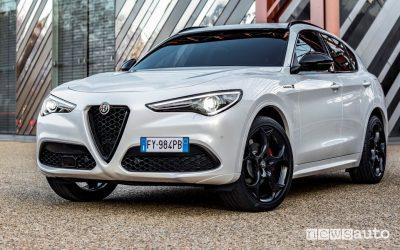 Vista di profilo Alfa Romeo Stelvio Veloce Ti