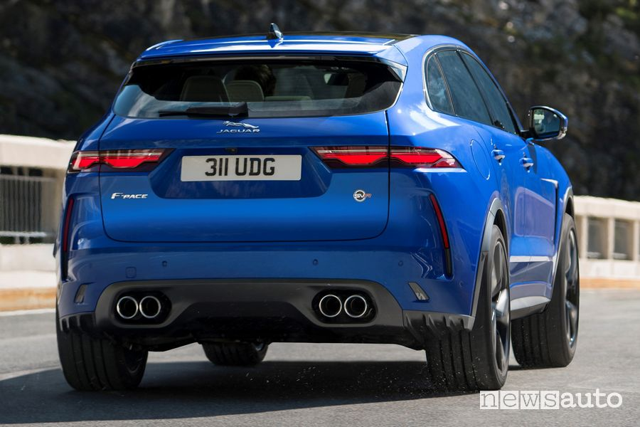 Vista posteriore Jaguar F-Pace SVR