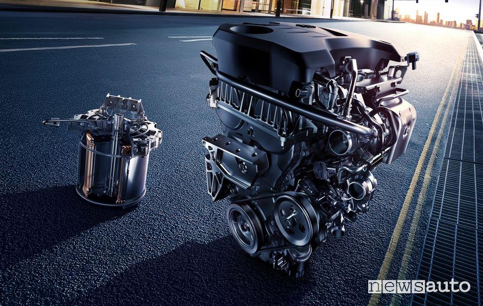 Motore benzina ed elettrico trazione ibrida plug-in MG EHS Plug-in Hybrid
