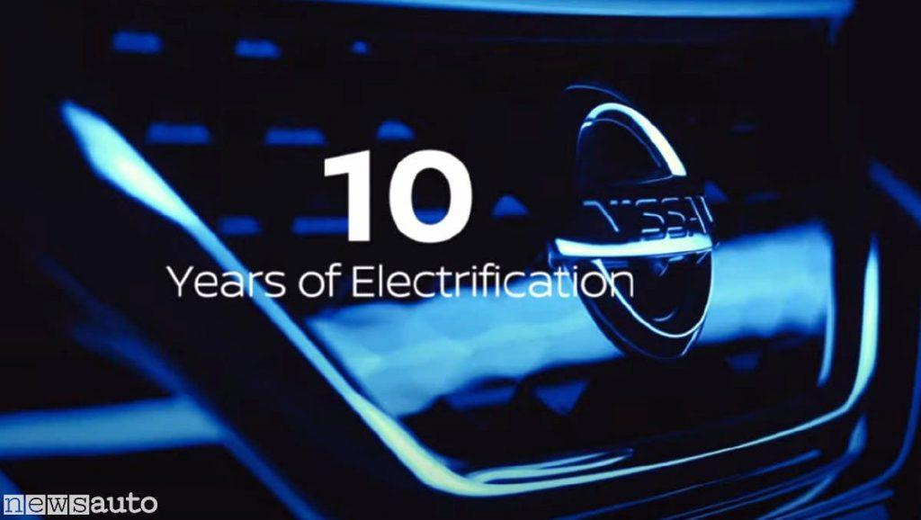 Il compleanno di Nissan Leaf, a dicembre festeggia 10 anni
