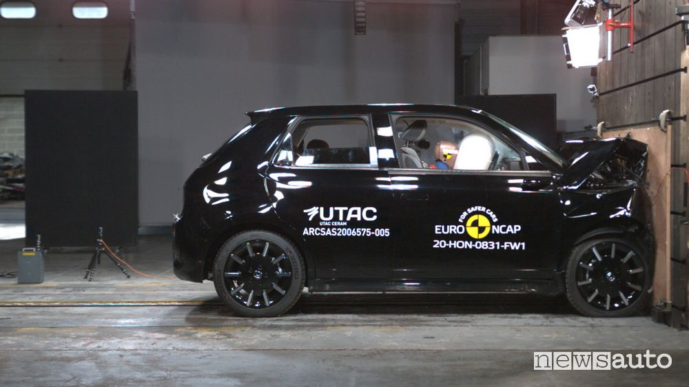4 stelle per l'elettrica Honda e nei crash test Euro NCAP