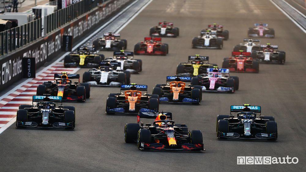 Max Verstappen, partito dalla pole position, ha dominato il Gp di Abu Dhabi 2020