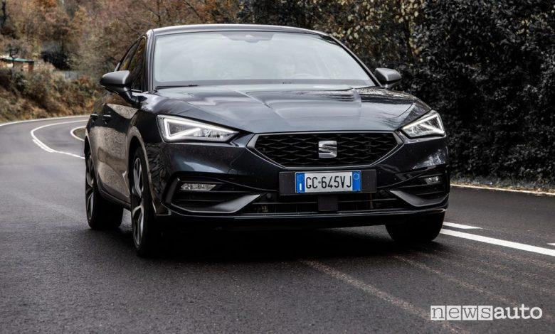 Seat Leon e-Hybrid ibrida plug-in, caratteristiche e prezzi