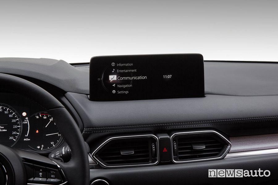 Infotainment touchscreen abitacolo Mazda CX-5 2021