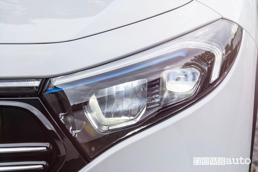 Faro anteriore Mercedes-Benz EQA Edition 1