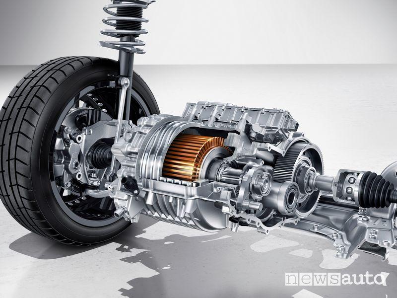 Motore elettrico all'anteriore Mercedes-Benz EQA