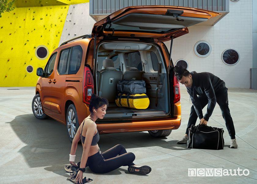 Opel Combo-e Life con un ampio bagagliaio di carico