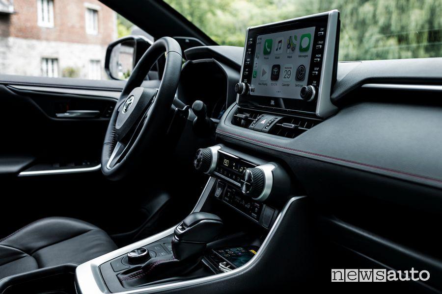 Infotainment Apple CarPlay abitacolo Toyota Rav4 Plug-in Hybrid