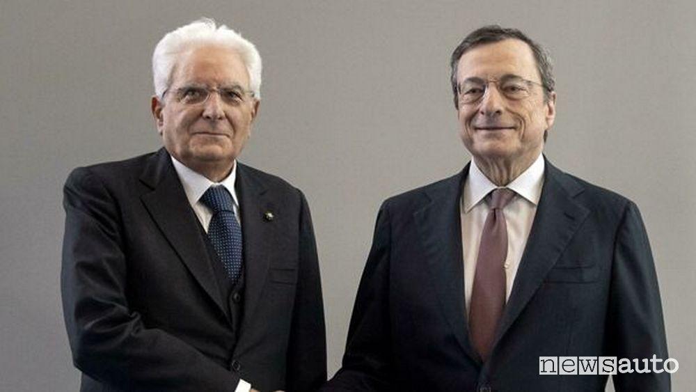 Il Presidente della Repubblica Mattarella con Mario Draghi chiamato a formare un nuovo Governo