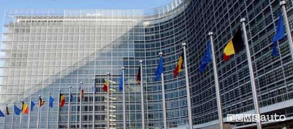 Dall'Unione Europea in arrivo nuove normative talmente stringenti da imporre lo stop alla vendita di motori endotermici, diesel e benzina, a partire dal 2035
