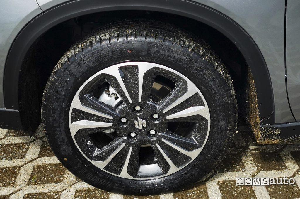 Cerchio da 17 pollici Suzuki Vitara Hybrid 4x4 2021