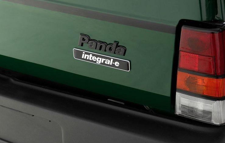 Faro e portellone posteriore Panda 4x4 Integral-e elettrica