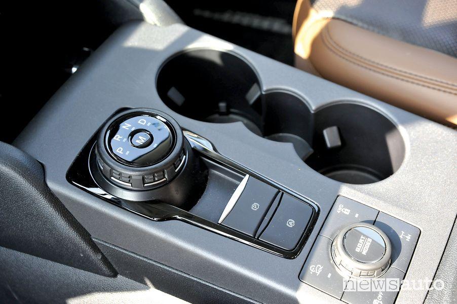 Comandi console centrale cambio automatico Ford Bronco Sport con il  G.O.A.T. (Goes Over any Type of Terrain)