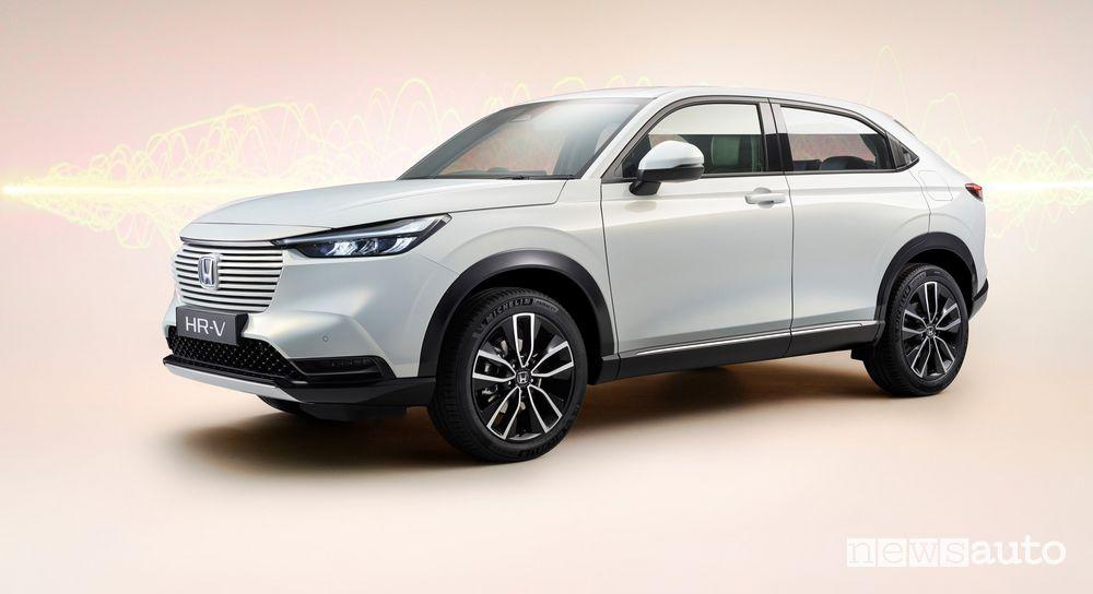 Vista di profilo nuovo Honda HR-V e:HEV