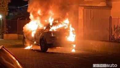 Photo of Hyundai Tucson rischio d'incendio, perché un'auto va a fuoco