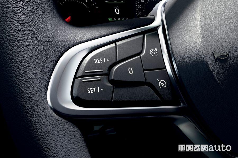 Comandi cruise control sul volante del nuovo Renault Kangoo