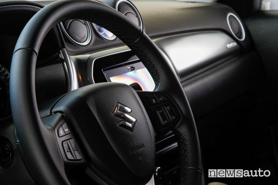 Volante abitacolo Suzuki Vitara Hybrid