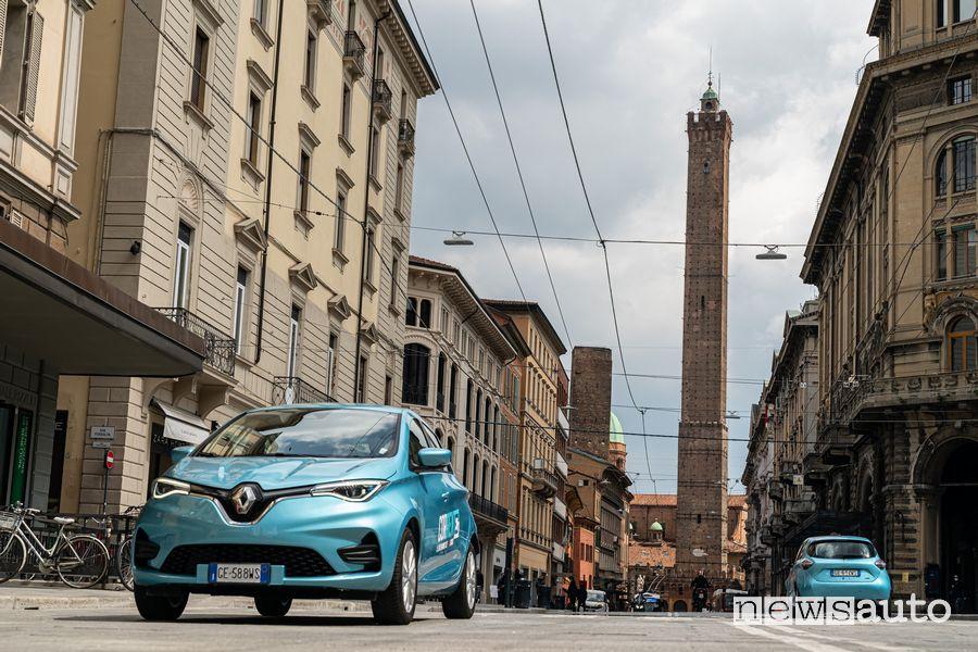 Corrente car sharing elettrico con la Renault Zoe E-Tech Electric
