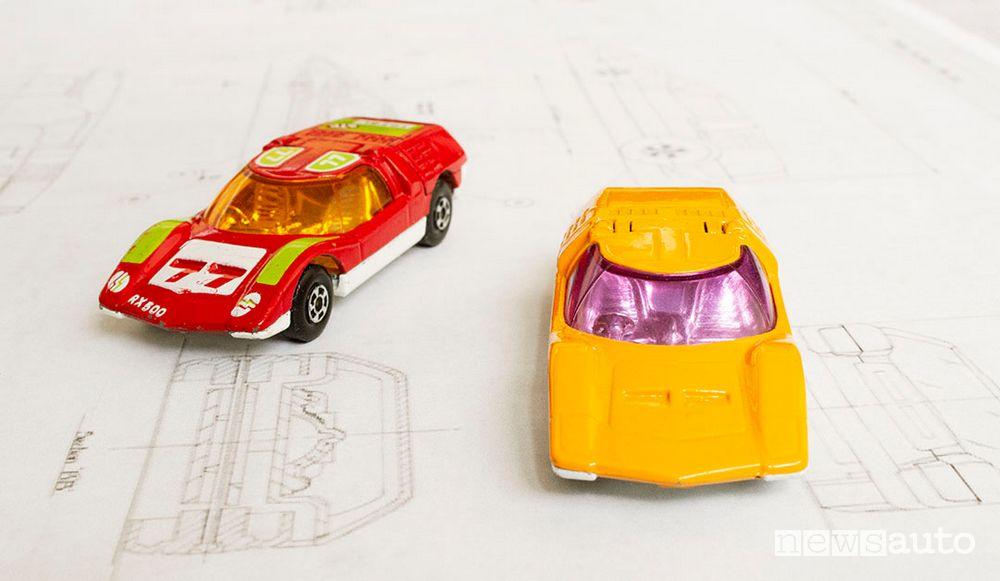 Matchbox Mazda RX500 giocattolo