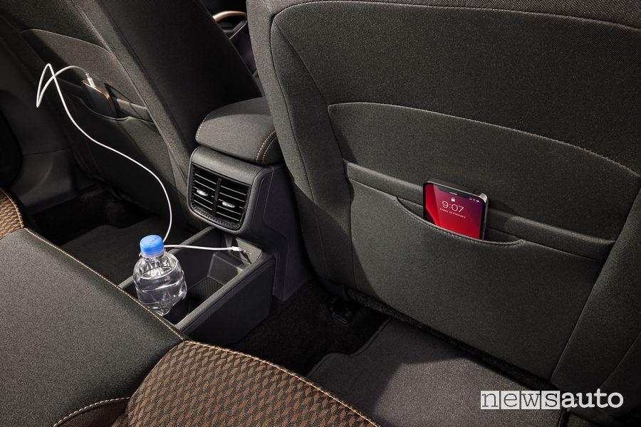 Porta smartphone sedili posteriori abitacolo nuova Škoda Fabia