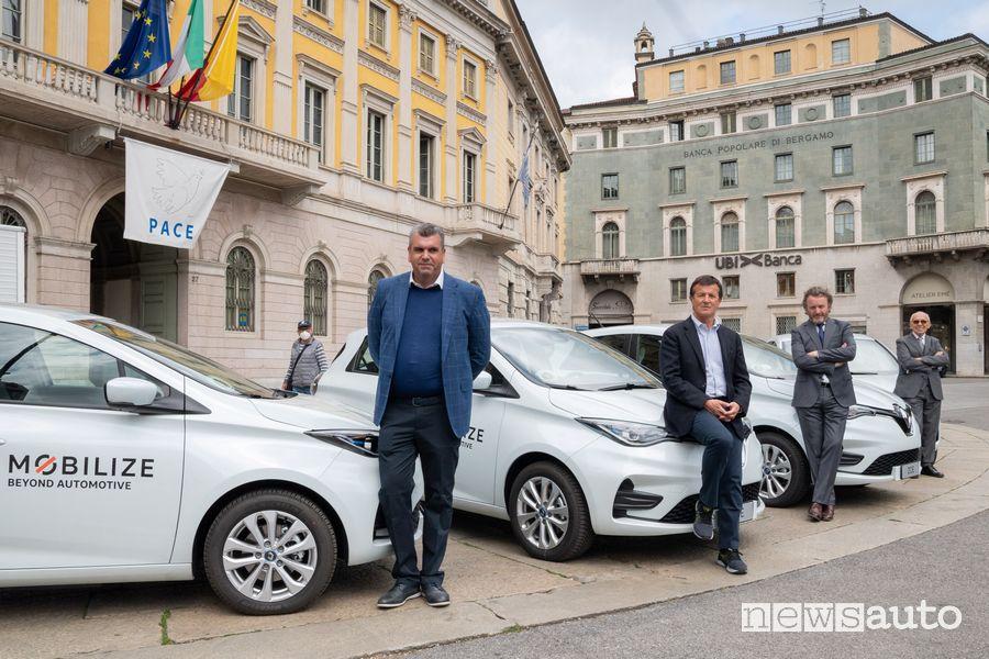 Presentazione car sharing elettrico Mobilize a Bergamo