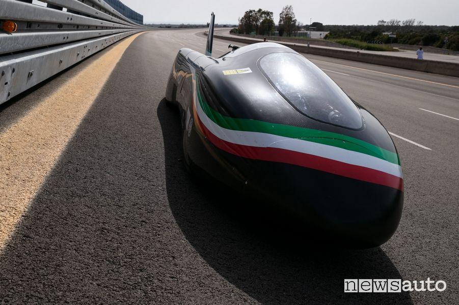 Blizz Primatist monoposto elettrica dei record di velocità sulla pista di Nardò