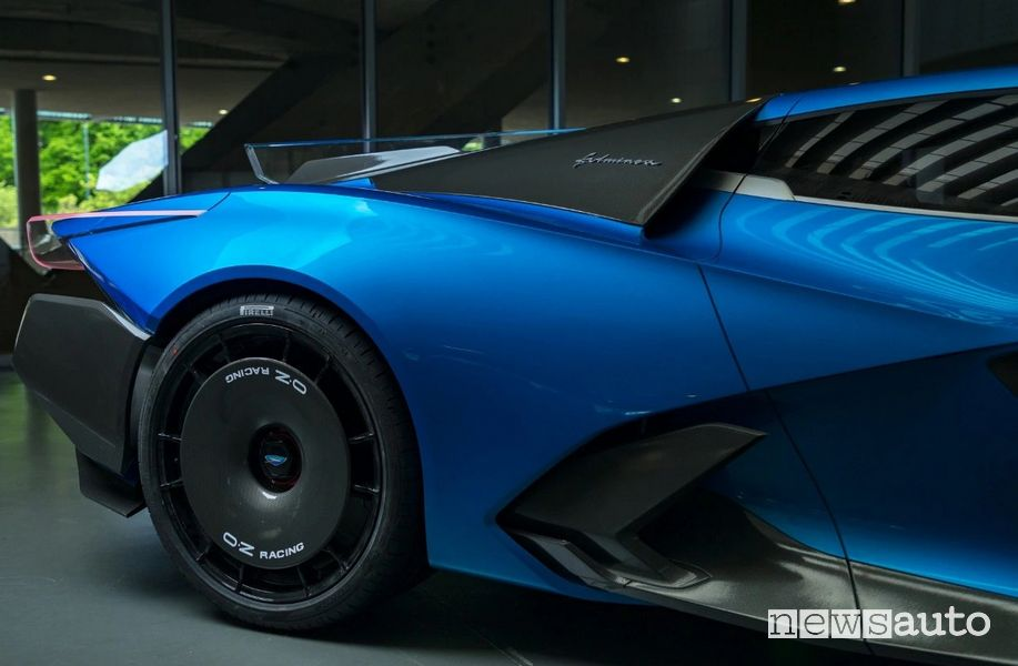 Cerchi posteriori OZ Racing Automobili Estrema Fulminea