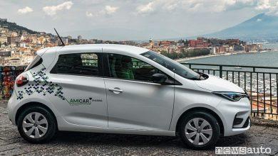 Renault Zoe E-Tech Electric car-sharing Amicar a Napoli