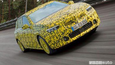 Prototipo nuova Opel Astra sull'ovale del Centro Prove di Dudenhofen