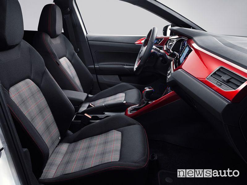 Sedili anteriori abitacolo nuova Volkswagen Polo GTI