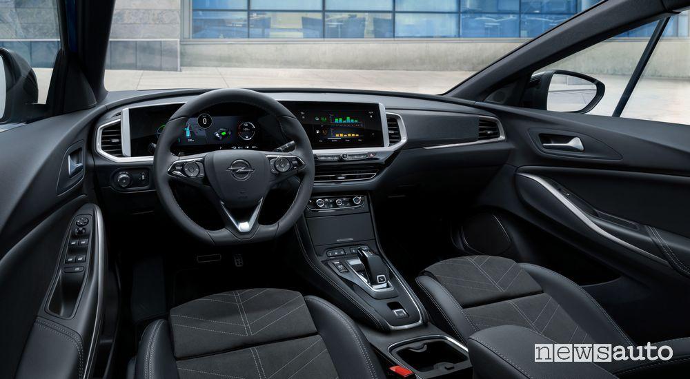 Plancia strumenti abitacolo nuovo Opel Grandland Hybrid4 2022