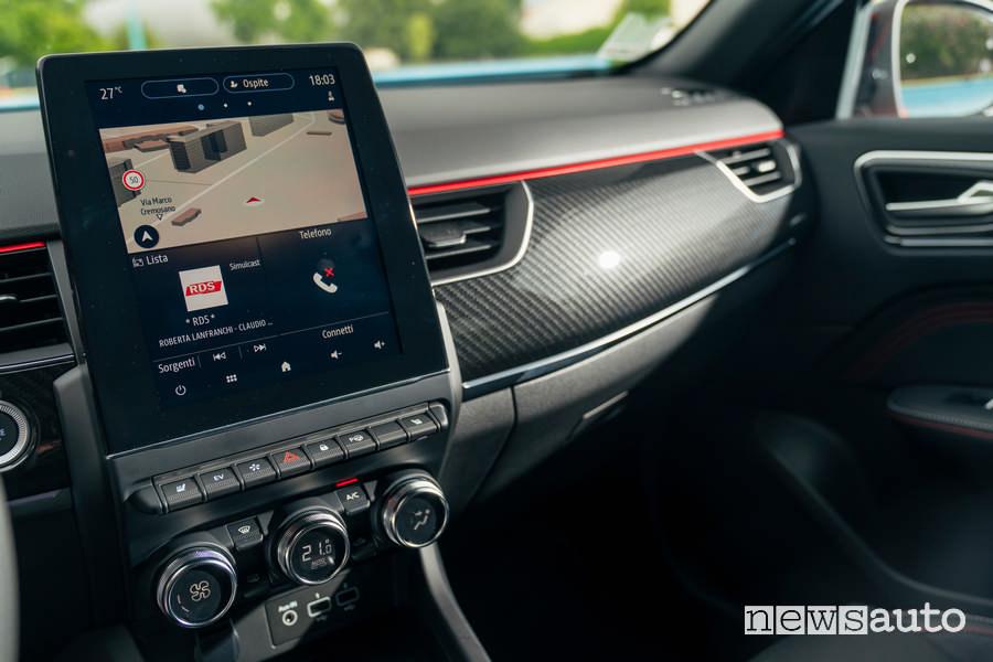 "Display 9,3"" sistema multimediale Easy Link Renault Arkana E-TECH"