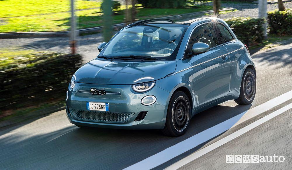 Scadenza Ecobonus incentivi auto elettrice e ibride plug-in