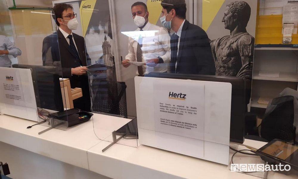 Sanificazione agenzia noleggio Hertz certificata Dekra