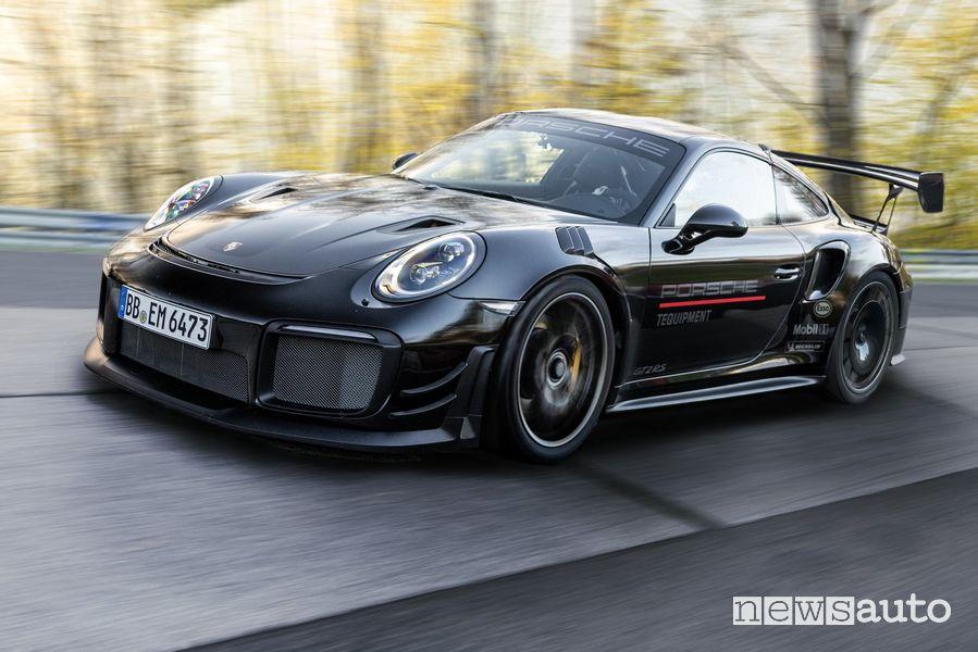 Porsche 911 GT2 RS al Nürburgring
