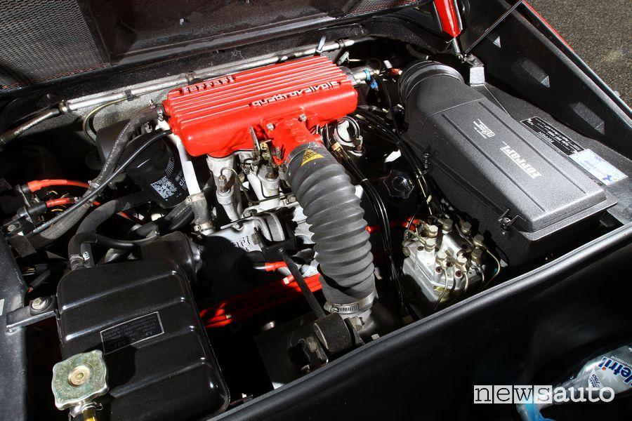 Vano motore Ferrari 308 GTS Magnum P.I.