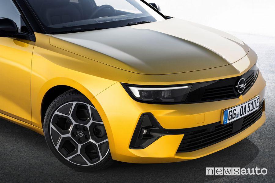 Frontale nuova Opel Astra