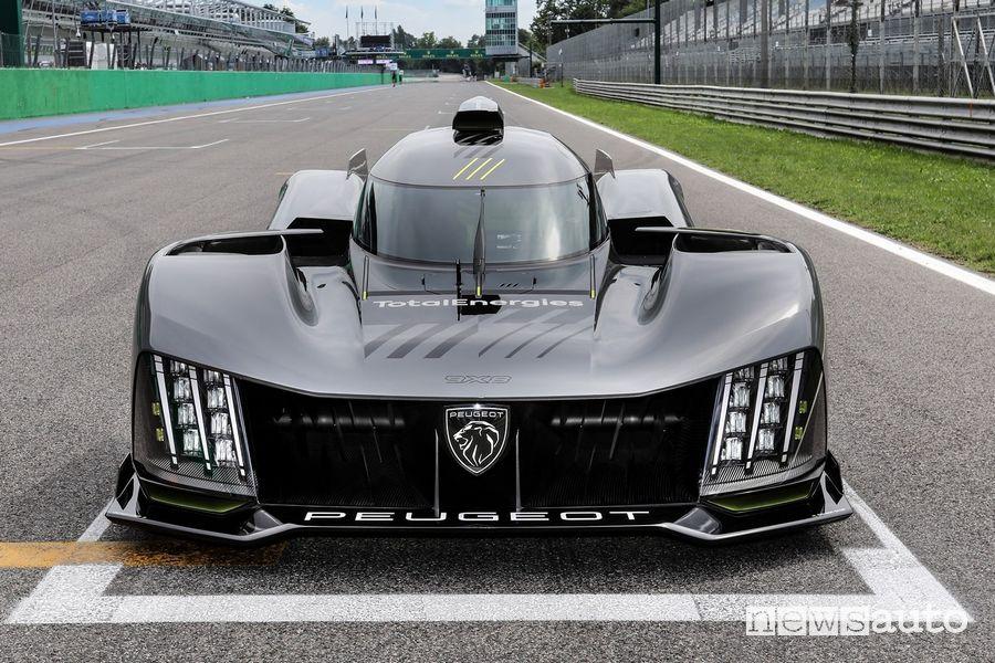 Nuova Peugeot 9X8 Hypercar per il Mondiale WEC sul rettilineo di Monza
