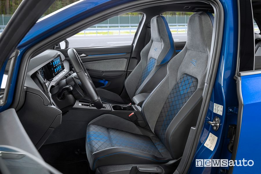 Sedili anteriori abitacolo Volkswagen Golf R Variant