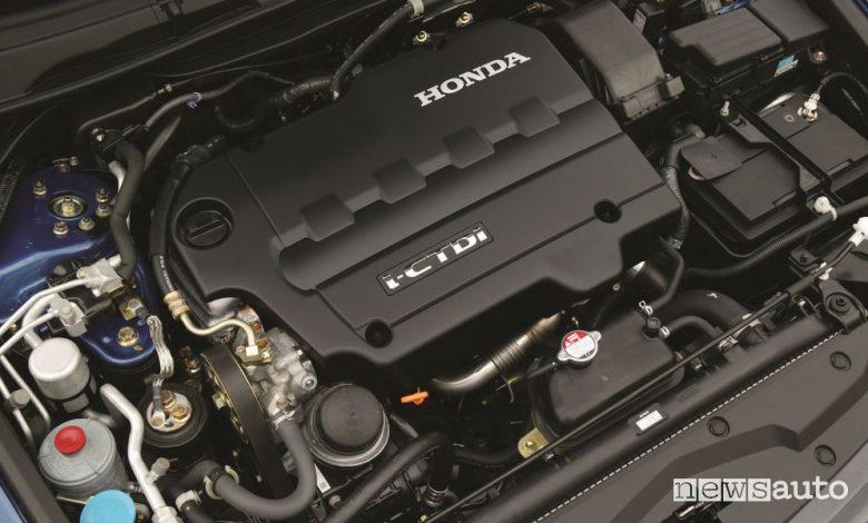 Vano motore diesel Honda Accord 2.2 i-CTDi