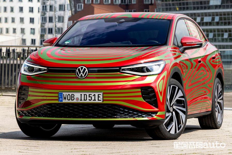 Vista di profilo Volkswagen ID.5 GTX Concept