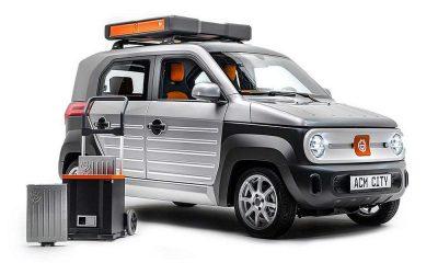ACM City One auto elettrica con sistema di battery swap
