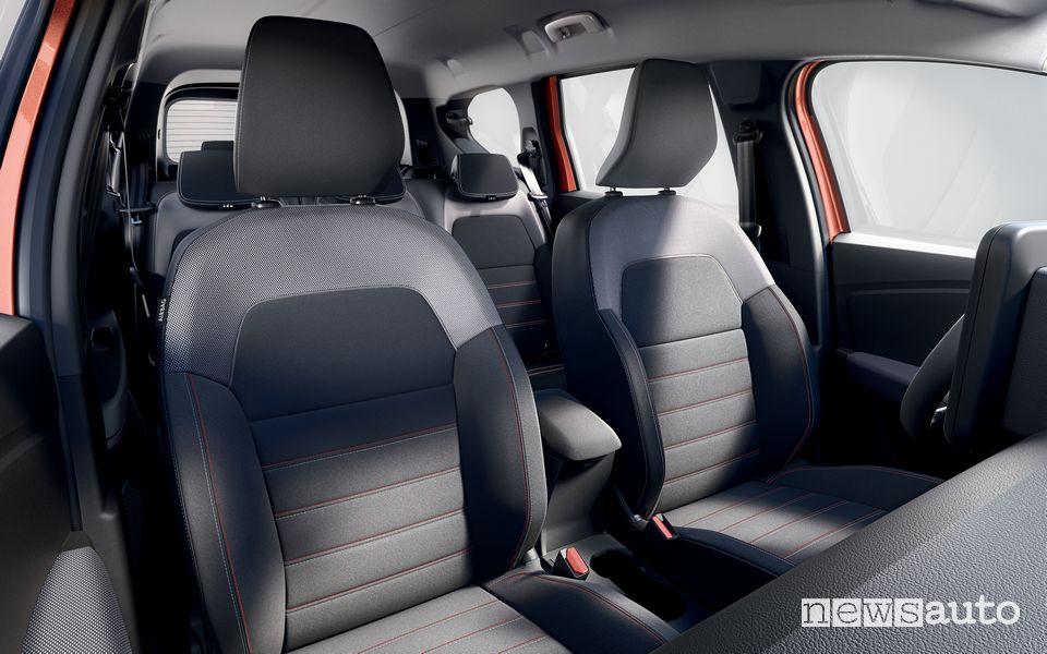 Sedili anteriori abitacolo nuovo Dacia Jogger Extreme