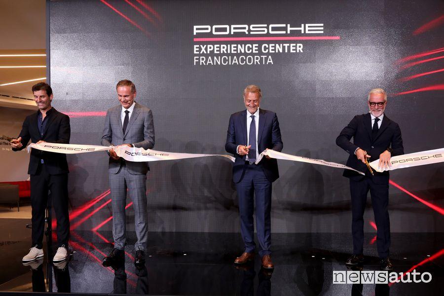 Mark Webber, Oliver Blume, Detlev von Platen e Pietro Innocenti inaugurano il Porsche Experience Center Franciacorta