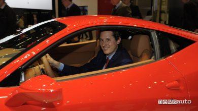 Ferrari guida autonoma John Elkann