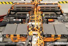 Batteria auto elettrica guasta, come si rigenera